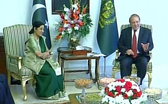 Sushma swaraj in pakistan 2015