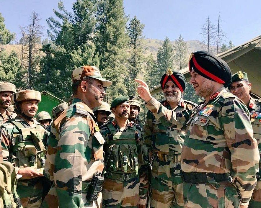 Army Commander Kashmir Visit
