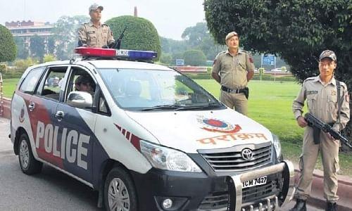 पुलिस की चुप्पी का नतीजा है राजधानी दिल्ली में दिन-दहाड़े खून-खराबा
