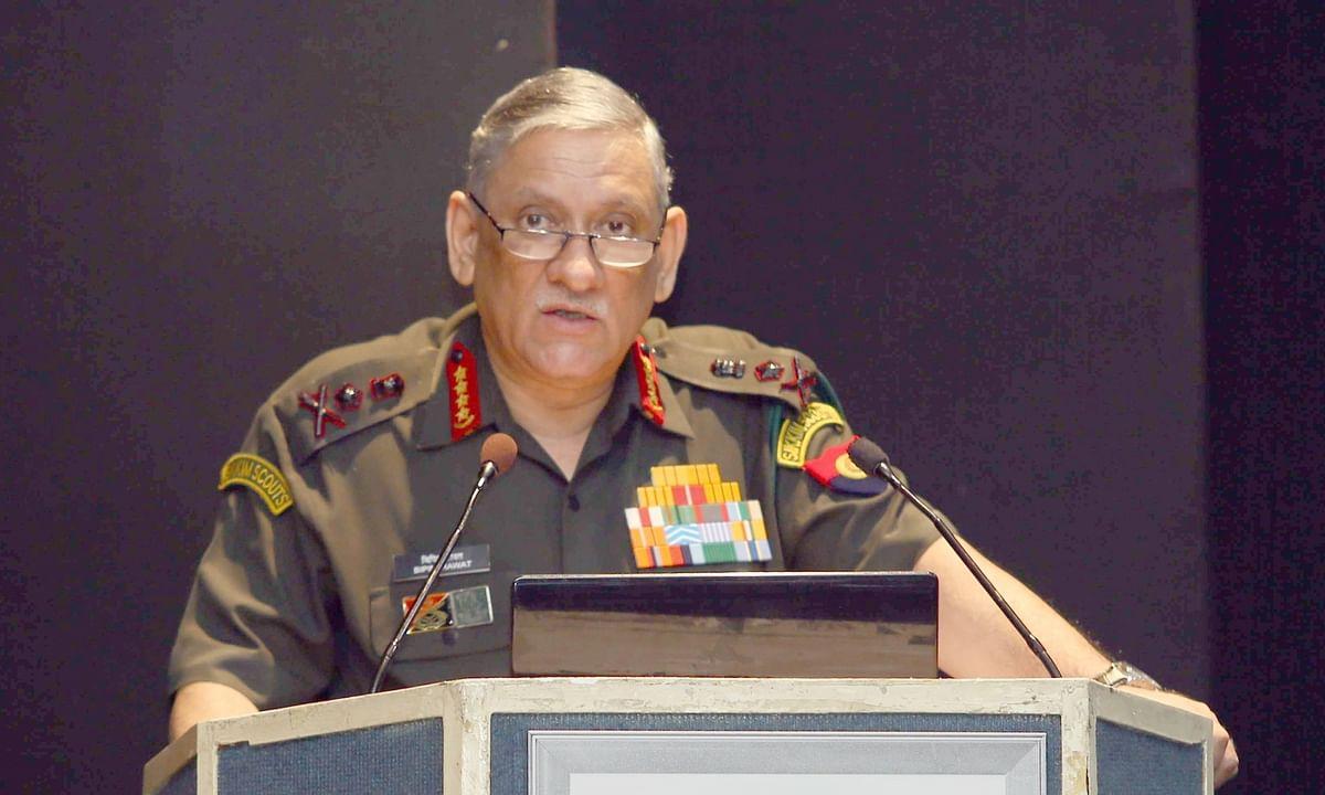 जम्मू-कश्मीर में डर पैदा कर रहे आतंकवादी : सेना प्रमुख