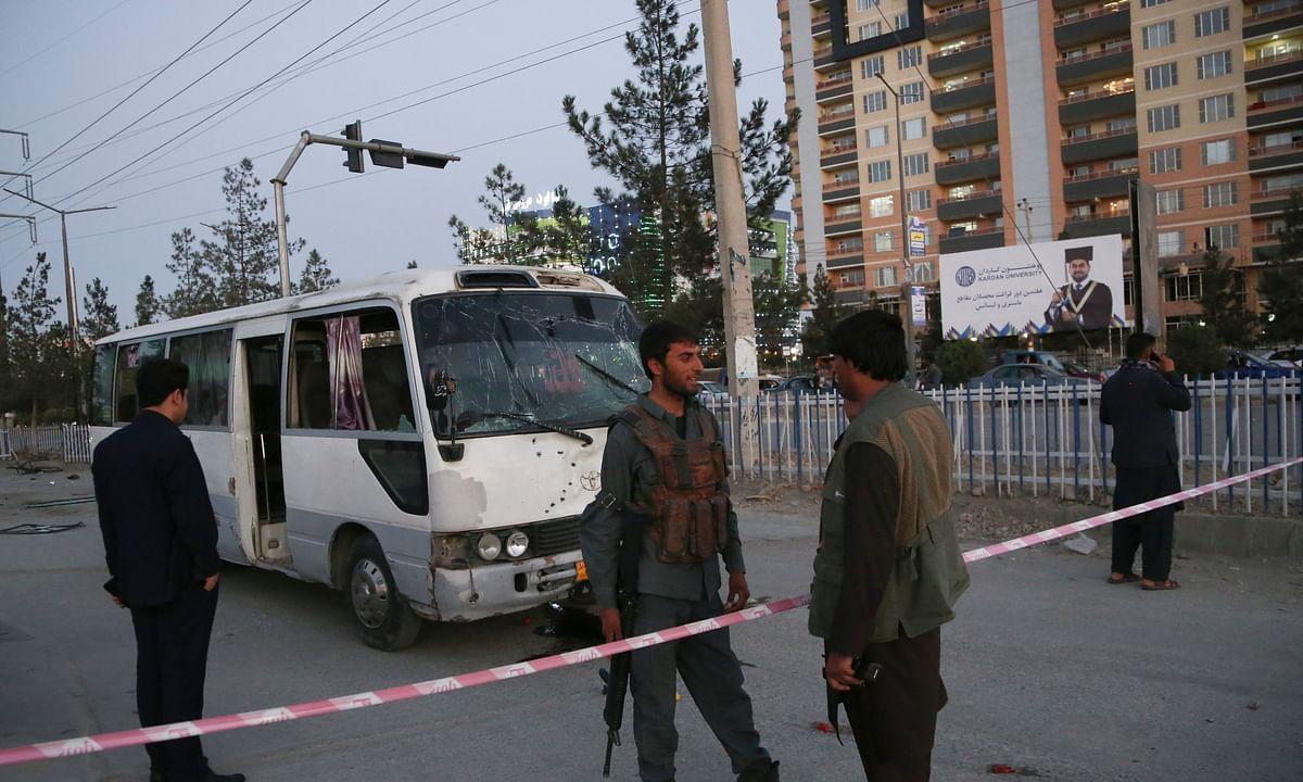 अफगानिस्तान में ट्रक बम विस्फोट में 20 मरे !