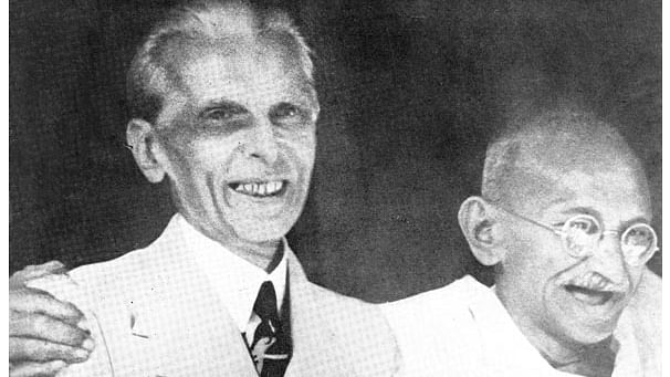 Gandhi with Jinnah during Gandhi-Jinnah Talks