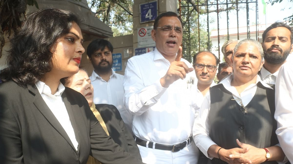 Lawyers continue to protest for the fourth day, outside the Patiala House Court in New Delhi
