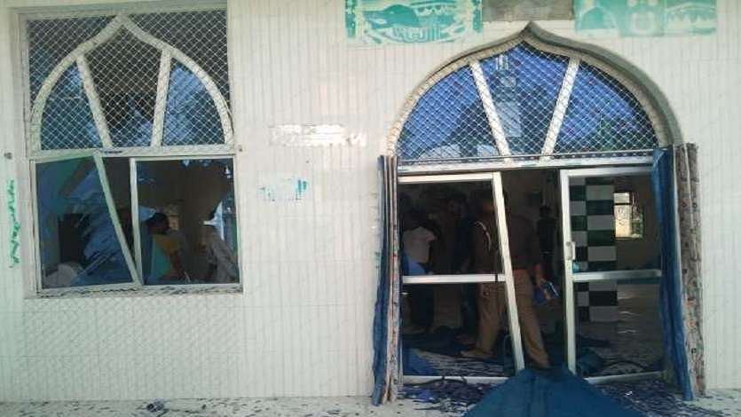 कुशीनगर की मस्जिद में उसी मस्जिद के मौलाना ने कराया बिस्फोट