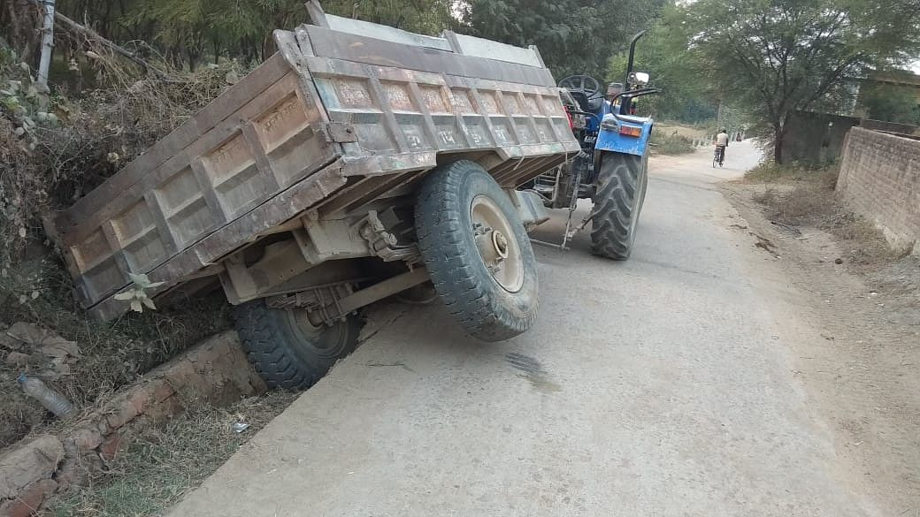 Overlod Tractor Trolly