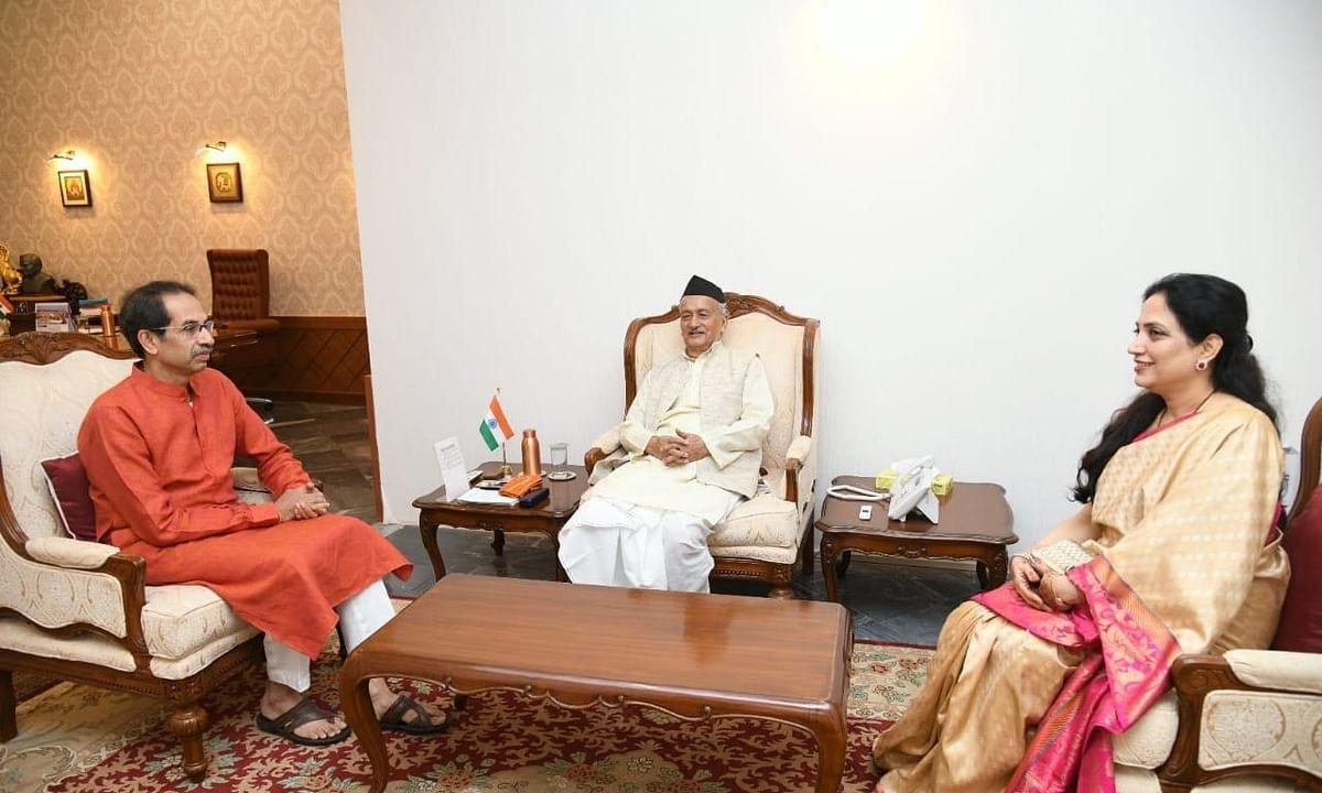 महाराष्ट्र : उद्धव ने राज्यपाल से मुलाकात की