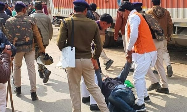 राजगढ़ की घटना लोकतंत्र का उपहास है : शिवराज सिंह