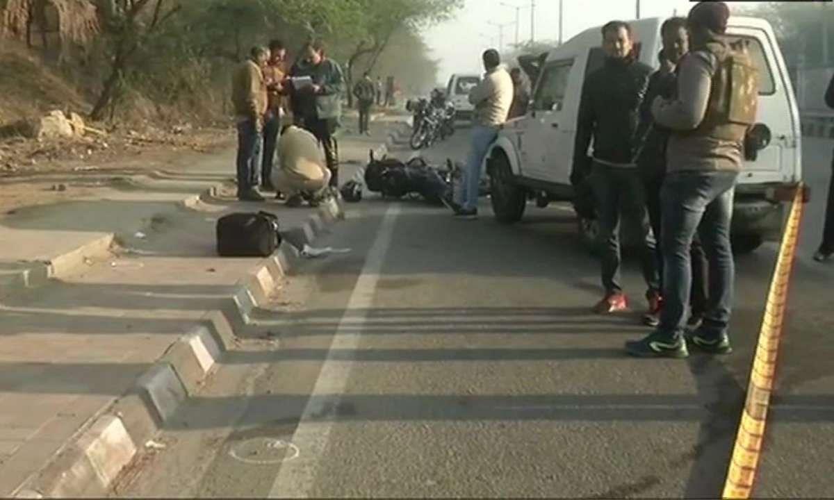 दिल्ली के 2 खूंखार बदमाशों को स्पेशल सेल ने मुठभेड़ में ढेर कर दिया।