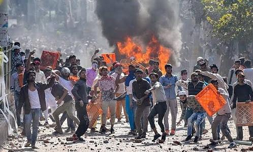 दंगो से किसका भला हुआ है ? या ये सवाल ही गलत है