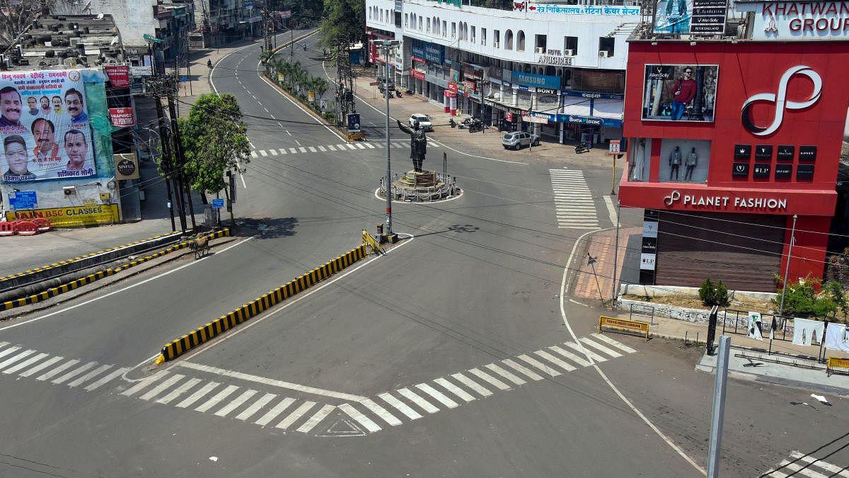 Lock down in Madhya Pradesh Due to Corona