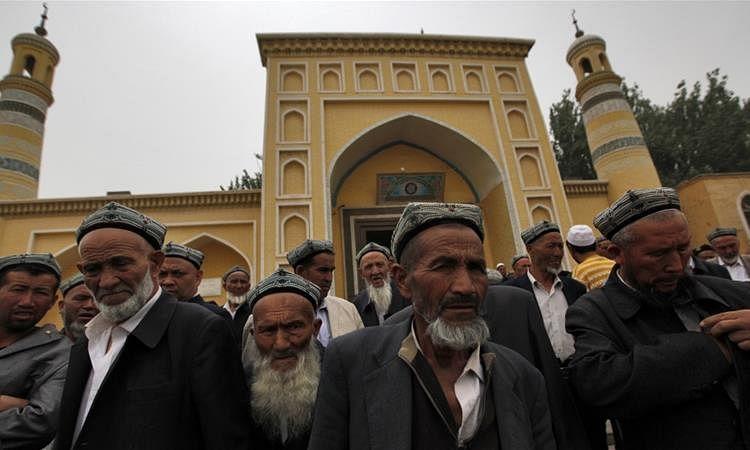 कोरोना की वजह से चीन के उइगर मुस्लिमों पर संकट के आसार।