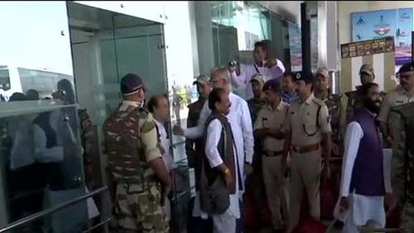 Congress MLA Reached Bhopal