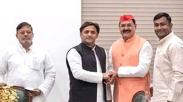 मुख्यमंत्री के पिता की मृत्यु पर विवादित ट्वीट करके फंसे आईपी सिंह, सोशल मीडिया में खदेड़े गए