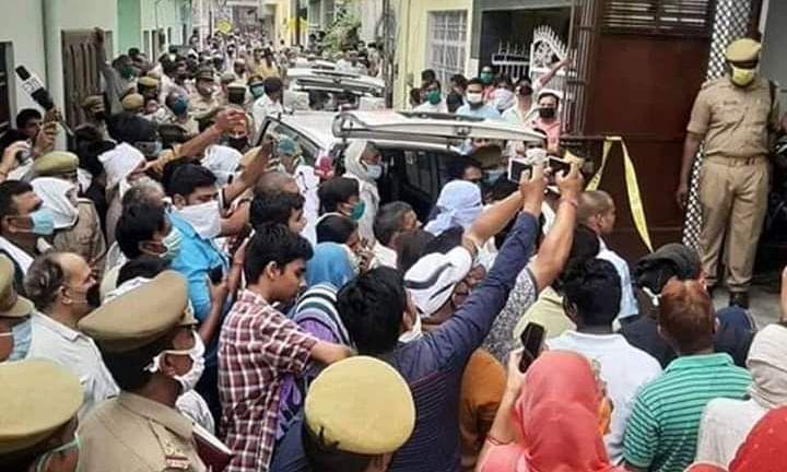 परशुराम जन्मोत्सव के दिन एटा में हुई पांच ब्राम्हणों की हत्या, प्रशासन मौन
