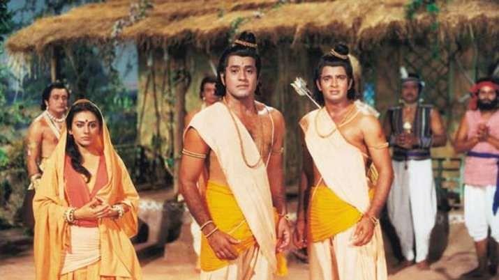 दूरदर्शन पर भड़क गए दर्शक, लोगों ने रामायण के सीन काटकर दिखाने पर जताया रोष
