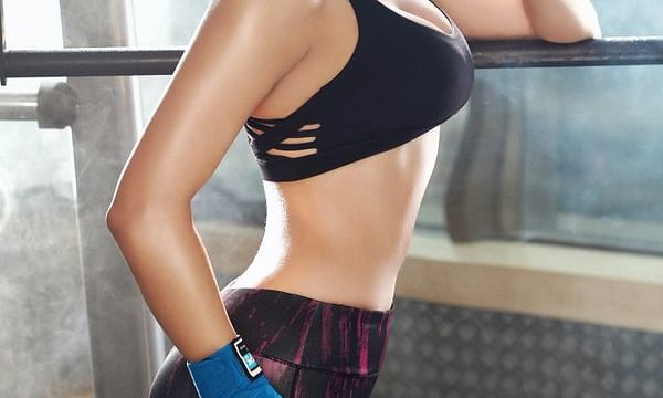 urvashi rautela aislados movie