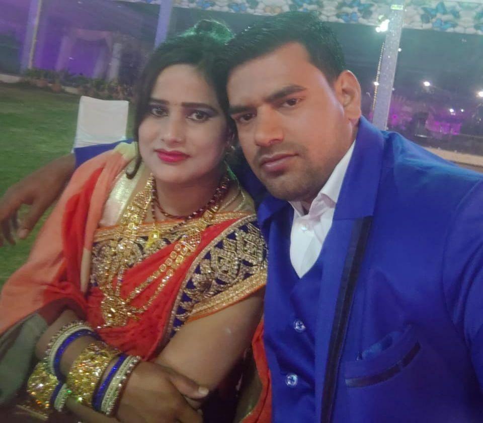 शमशाद के साथ प्रिया