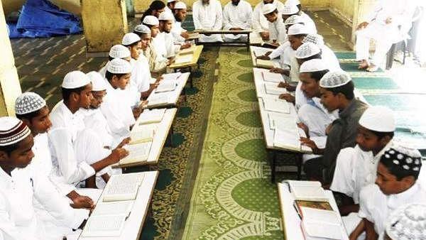 सवाल वाजिब है! सरकारी पैसे पर धार्मिक शिक्षा क्यों?