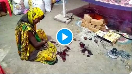 अंधविश्वास: बाँदा में देवी की भक्ति के चलते युवक ने जीभ काटकर देवी को अर्पित की