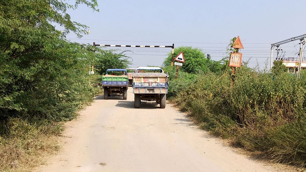 Illegal mining in Banda district, police station area Matounadh