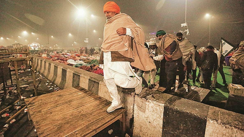 क्या महज किसान आंदोलन तक सीमित रहेंगे टिकैत?