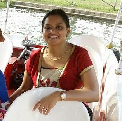 'இந்தியாவை மிஸ் பண்றதா தோணுச்சு...!' - டப்பிங் ஆர்ட்டிஸ்ட் சவிதா