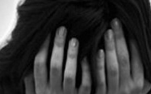 கட்டடப் பணிக்குச் சென்ற தாய் -தனியாக வீட்டிலிருந்த சென்னை இளம்பெண்ணுக்கு நேர்ந்த கொடுமை!
