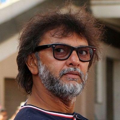 'அமீர்கான் இந்தியாவின் உண்மையான புதல்வன்!'- பாலிவுட் இயக்குநர்
