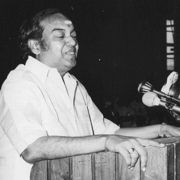 அரசியலை வெறுத்த அரசியல்வாதி..! கண்ணதாசனின் நினைவு நாள் பகிர்வு