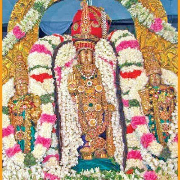 திருவள்ளூர் பெருமாள் கோயிலில் `சித்திரை பிரம்மோற்சவம்'