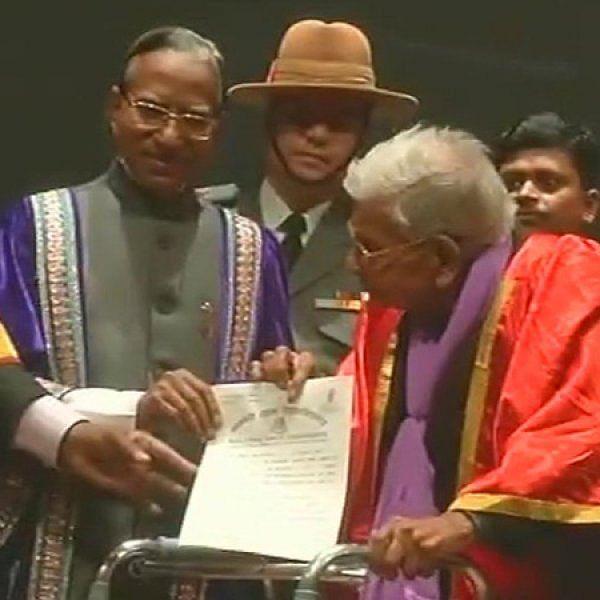 98 வயதில் மாஸ்டர் டிகிரி வாங்கிய ராஜ்குமார் வைஷ்!
