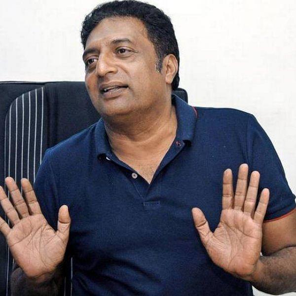 'தீபிகா தலைக்கு விதிக்கப்பட்ட 5 கோடி பரிசுத்தொகைக்கு ஜி.எஸ்.டி உண்டா?' - கொதிக்கும் பிரகாஷ்ராஜ்!