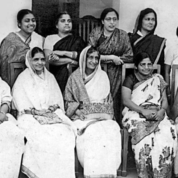 சட்ட தேவதைகள்: இந்திய அரசியலமைப்பைச் செதுக்கிய 15 பெண்கள்!