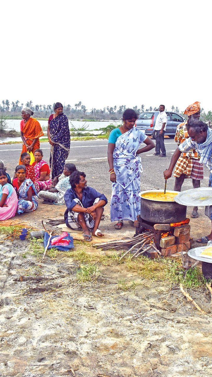 மிஸ்டர் கழுகு: கஜா நிவா'ரணம்' - வீதிக்கு வந்த மக்கள்... விருது வாங்கிய எடப்பாடி!