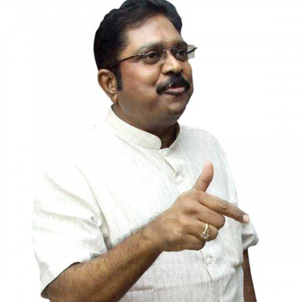 """மிஸ்டர் கழுகு: ஆகஸ்ட்-15 - """"கொடியேற்ற விடுவேனா?"""" - சவால் தினகரன்"""