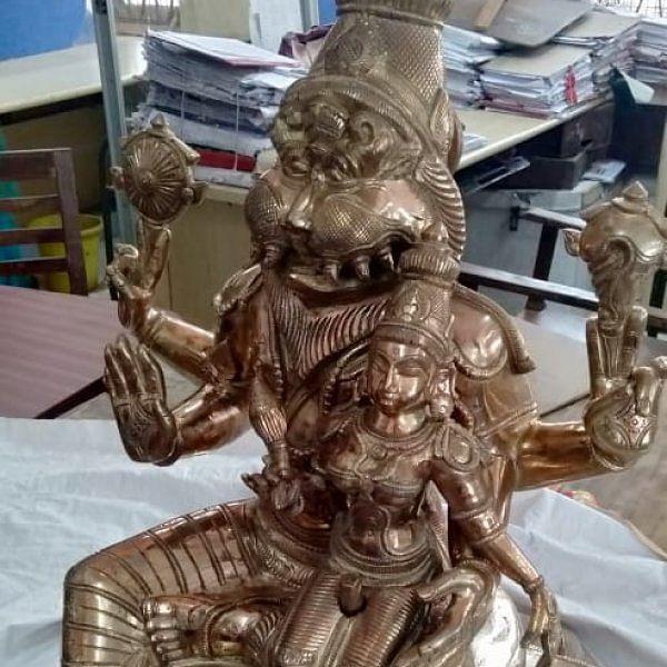 தேர்தல் அதிகாரிகள் கைப்பற்றிய பஞ்சலோக நரசிம்மர் சிலை - கடத்திக்கொண்டு வரப்பட்டதா?