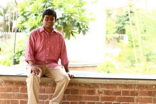கோச்சிங் சென்டர் போகாமலேயே ஜெயிச்சேன்: 22 வயதில் ஐஏஎஸ் ஆன அருண்ராஜ் சொல்கிறார்!