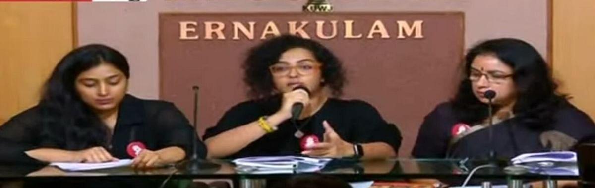 `பாதிப்புக்குள்ளான நடிகை சங்கத்துக்கு வெளியே இருப்பதுதான் நீதியா?' - ஆவேசமான நடிகை ரேவதி