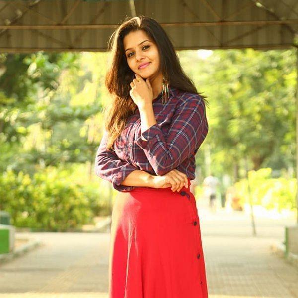 ''சினிமா நடிகையானதுக்கு அப்புறமாதான் வெப் சீரிஸில் நடிச்சேன்'' - 'ஆஃபாயில்' சுவதிஷ்டா