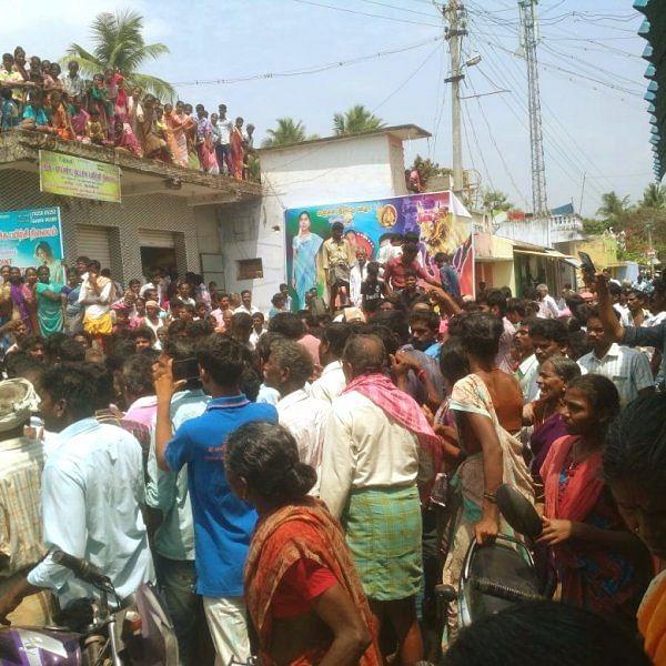 """``குழந்தைகள்னா அம்மாவுக்கு அவ்ளோ பிடிக்கும்!"""" - குழந்தை கடத்தியதாகக் கொல்லப்பட்ட ருக்மணியின் மகன் #VikatanExclusive"""