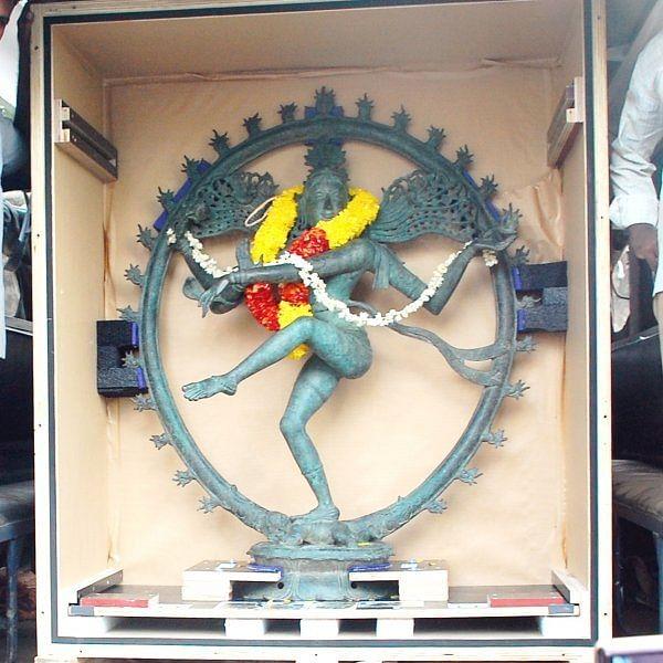 'நடராஜர் சிலைக்கு பலத்த போலீஸ் பாதுகாப்பு!'- மகிழ்ச்சியில் பக்தர்கள்