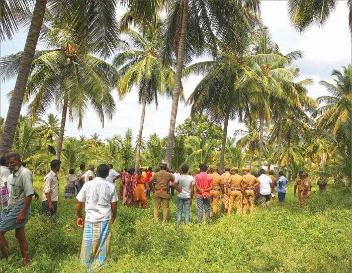 விகடன் போஸ்ட்: ஆபாச வீடியோ... தேவை அதிக கவனம், 'அ.தி.மு.க அணிக்கு ஓட்டு இல்லை!'