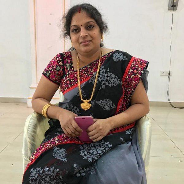 ''பூர்ணிமா பாக்யராஜின் ஆலோசனை, 10 தொழிலாளர்கள் '' -  ஆடை பிசினஸில் கலக்கும் ஜீவஜோதி