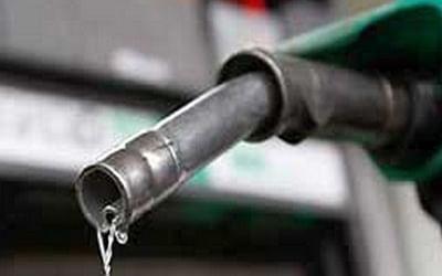 Diesel Price: `19 நாள்கள்; லிட்டருக்கு ரூ.10.63!' -டெல்லியில் ரூ.80-ஐக் கடந்த டீசல் விலை