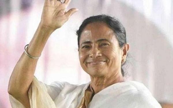 மம்தா vs சுவேந்து அதிகாரி: நந்திகிராமில் வெற்றி பெற்றது யார்..?! - சர்ச்சையான தேர்தல் முடிவுகள்!