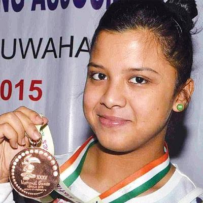 டீன் 18 - நஃபீசா சாதிக் - என்னோட டைம்பாஸ் இதுதான்!