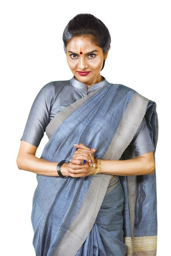 """""""அந்த வருத்தம்தான் மீண்டும் தீவிரமா நடிக்கக் காரணம்!"""" - மதுபாலா"""