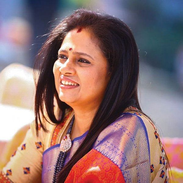 """""""எனக்கு உணர்வுகளை மறைக்கத் தெரியாது!"""" - லட்சுமி ராமகிருஷ்ணன்"""