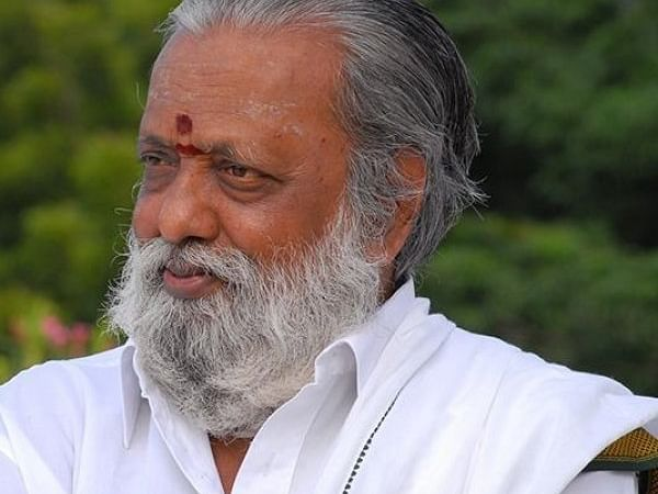 ``கொரோனாவிலிருந்து மீண்டுவிட்டோம்!'' - சாந்தா பாலகுமாரன்