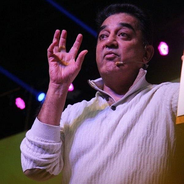 """""""ரஜினி எம்.ஜி.ஆர் ஆட்சியென்றால்... நான் மக்களாட்சி!"""" - ரஜினியின் 'எம்.ஜி.ஆர் ஆட்சி'க்கு கமல் பதில்"""